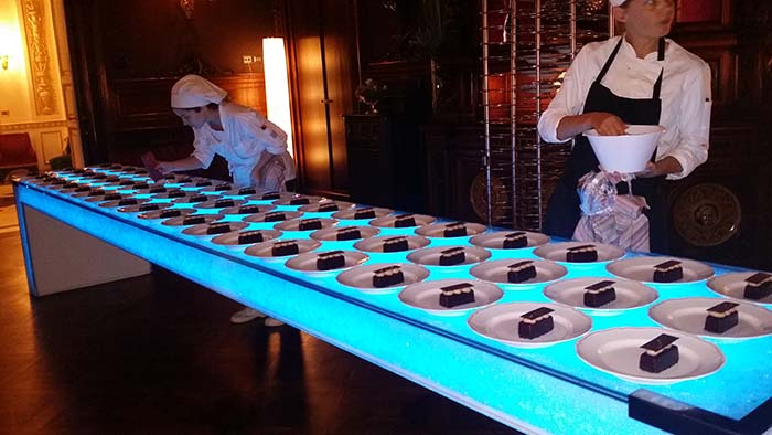 Villa Cora wedding cakes dessert preparation