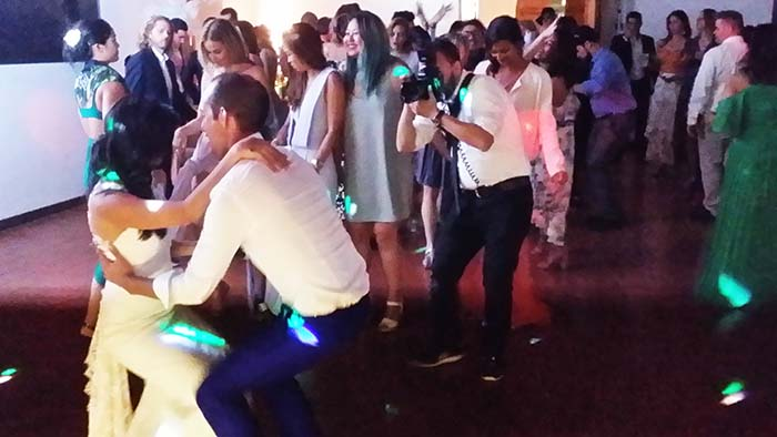 Villa Vistarenni wedding party live music and Dj set wedding musicians Tuscany