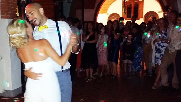 Le Filigare Tuscany countryside wedding first dance