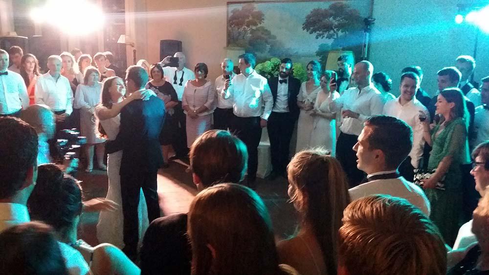 Villa Le Fontanelle wedding band Florence Tuscany