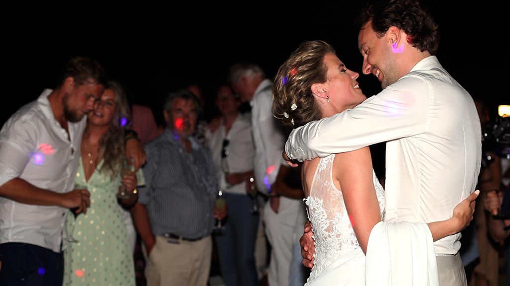 First dance during a wedding with Guty & Simone