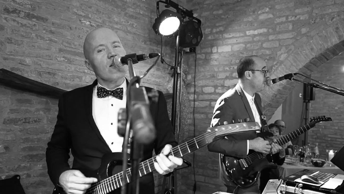 Wedding sound and light system by Guty & Simone wedding band Tuscany Italy